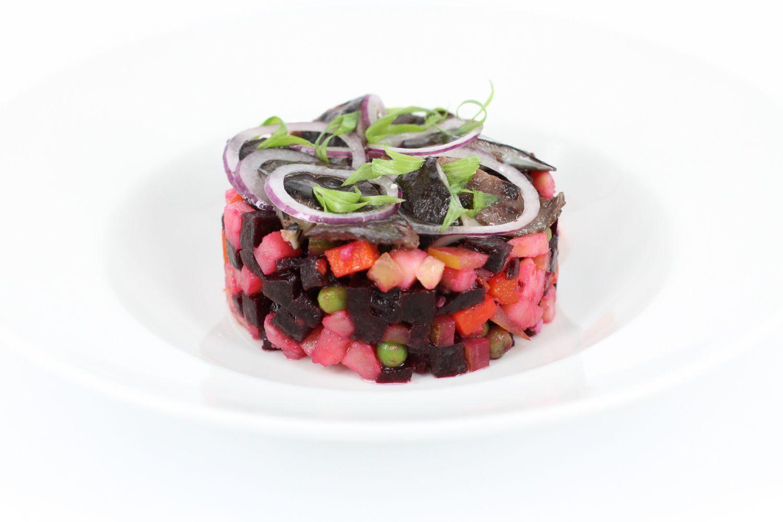 Салат винегрет с селедкой рецепт с фото